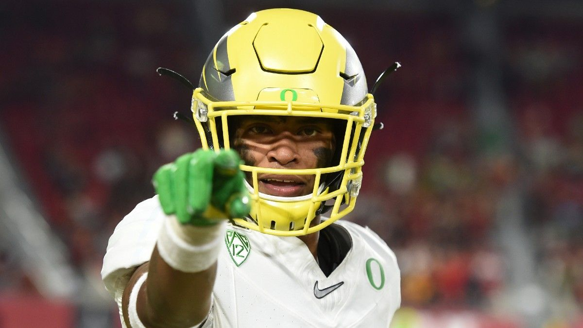 2021 Pac-12 Conference Betting Preview: Futures Odds, Win Totals & Predictions for USC, Oregon, More article feature image