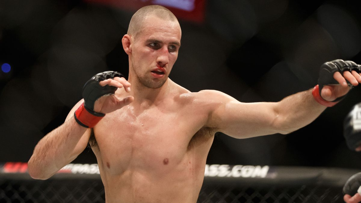 Rory MacDonald vs. Ray Cooper Odds, Pick & Preview: How to Bet the PFL Main Event (Friday, Aug. 13) article feature image