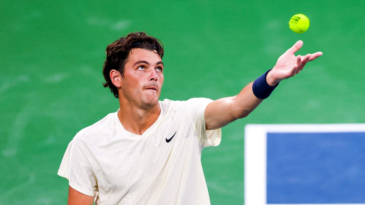 Tuesday U.S. Open Round 1 Odds & Picks: How to Bet Taylor Fritz vs. Alex de Minaur (Tuesday, Aug. 31) article feature image