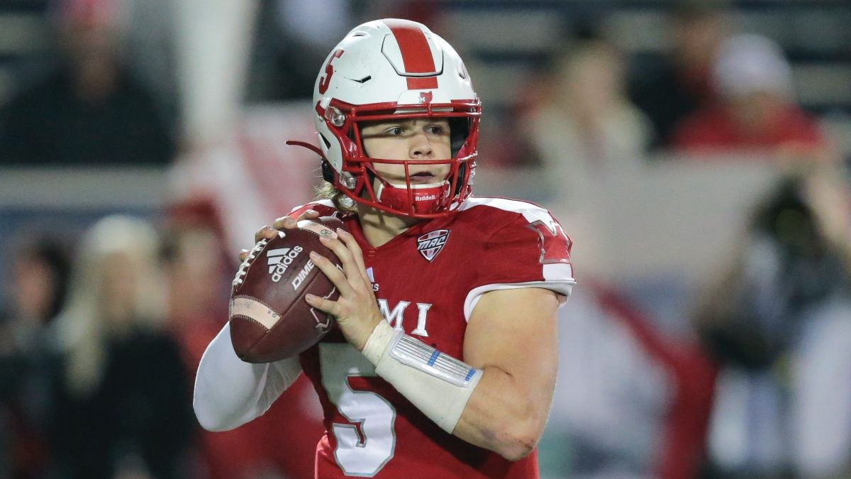College Football Odds & Pick for Miami (OH) vs. Minnesota: Betting Value on Saturday's Underdog (Sept. 11) article feature image