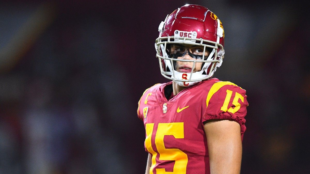 College Football Odds, Picks, Predictions for Oregon State vs. USC: Your Betting Guide for Late Pac-12 Matchup (Sept. 25) article feature image