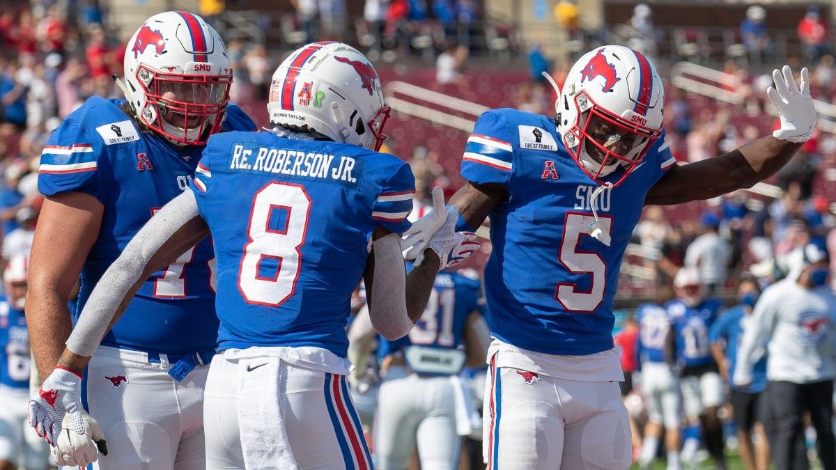 College Football Odds, Picks, Predictions for USF vs. SMU: Why to Bet the Over article feature image