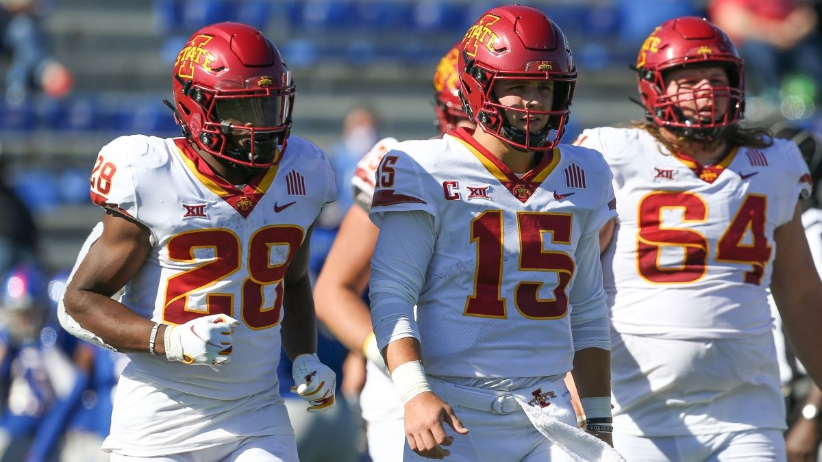 Iowa State vs. UNLV Betting Odds & Picks: Can Cyclones Bounce Back as Big Favorites? (Sept. 18) article feature image