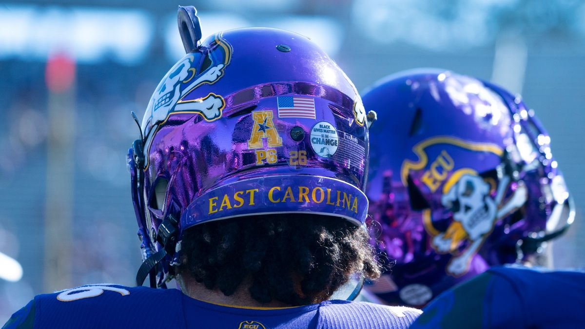 College Football Odds, Picks, Predictions for Tulane vs. East Carolina: Lots of Value in Over article feature image