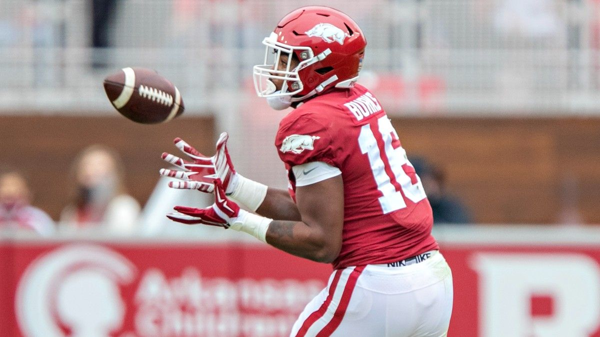 College Football Week 1 Odds & Picks: Public Hammering These Spreads and Totals (September 4) article feature image