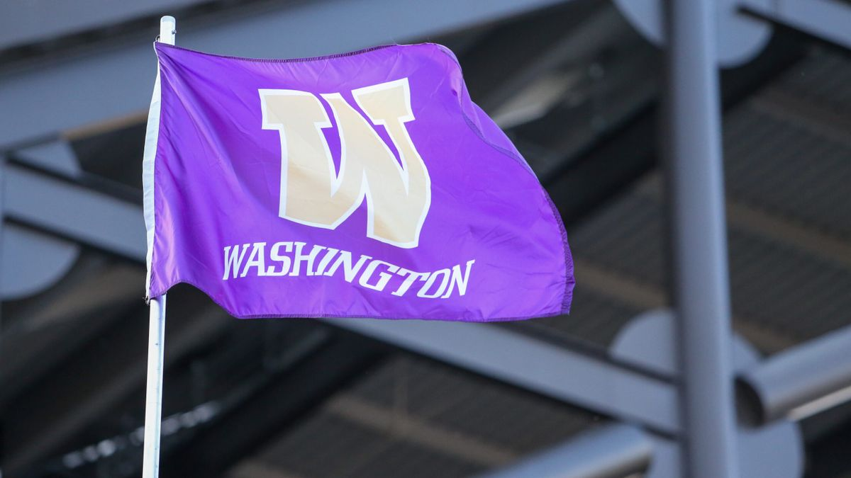 Washington and South Dakota Launch Retail Sportsbooks Before NFL Kickoff article feature image