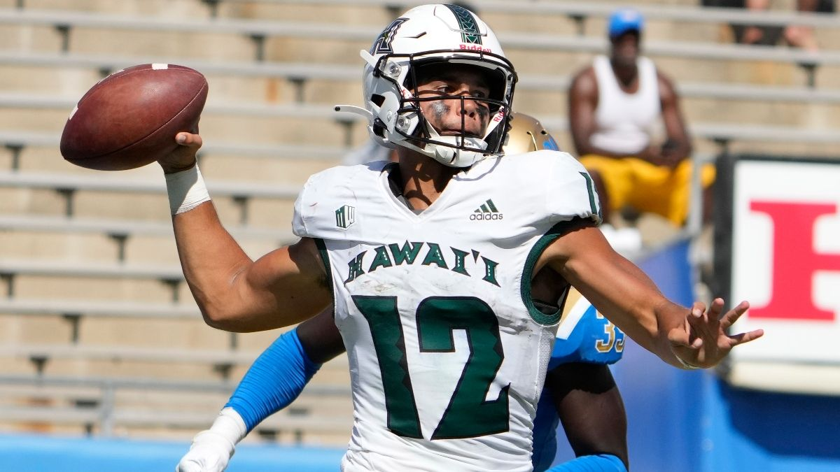 College Football Odds & Picks for Portland State vs. Hawaii: Late-Night Week 1 Betting Preview (Saturday, Sept. 4) article feature image