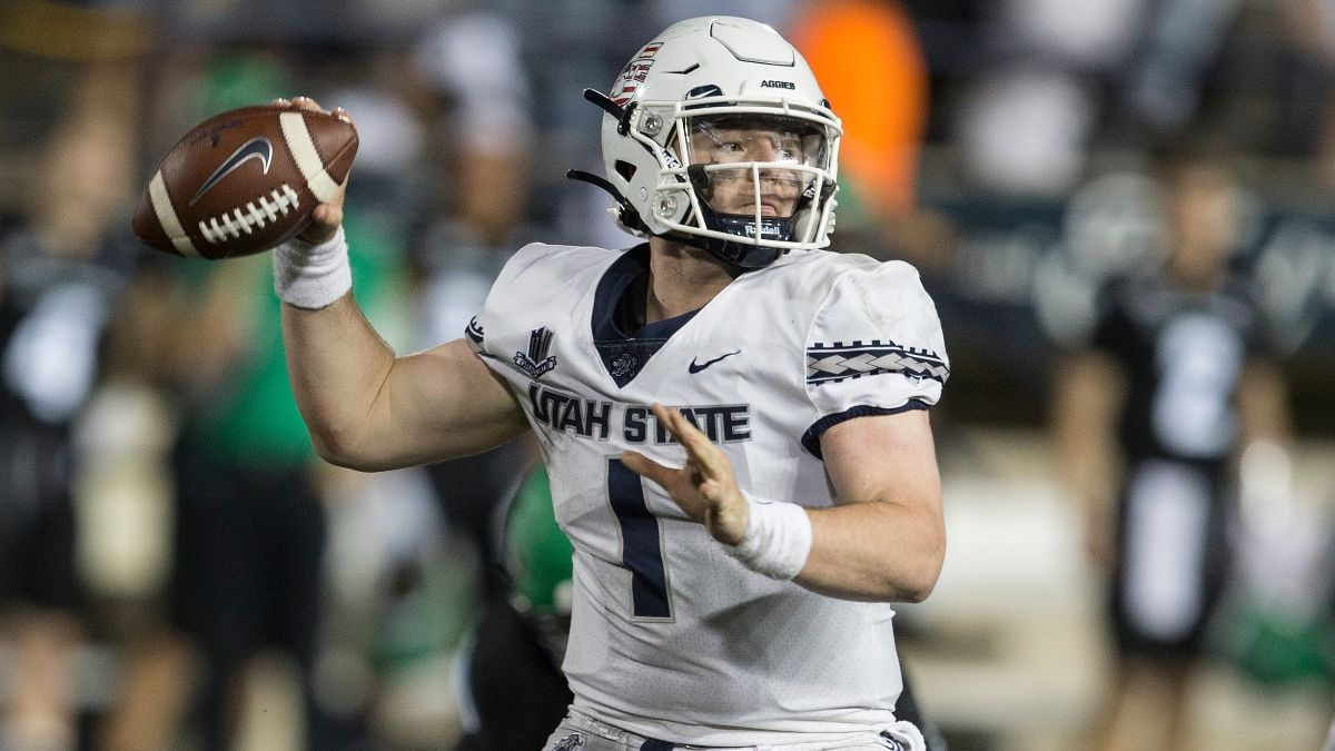 College Football Betting Odds & Pick for Utah State vs. Air Force: Grind-It Out Game Expected Between Aggies, Falcons article feature image