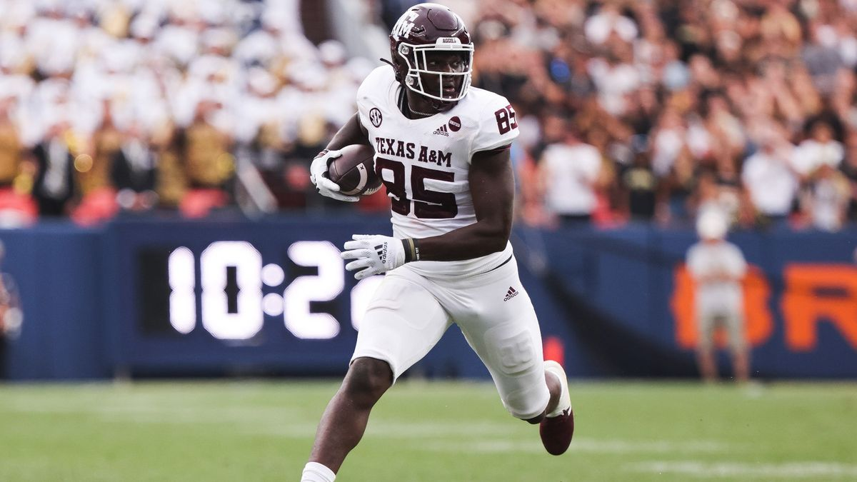 College Football Odds, Picks, Predictions for Mississippi State vs. Texas A&M: Unique Under Play Incoming? article feature image