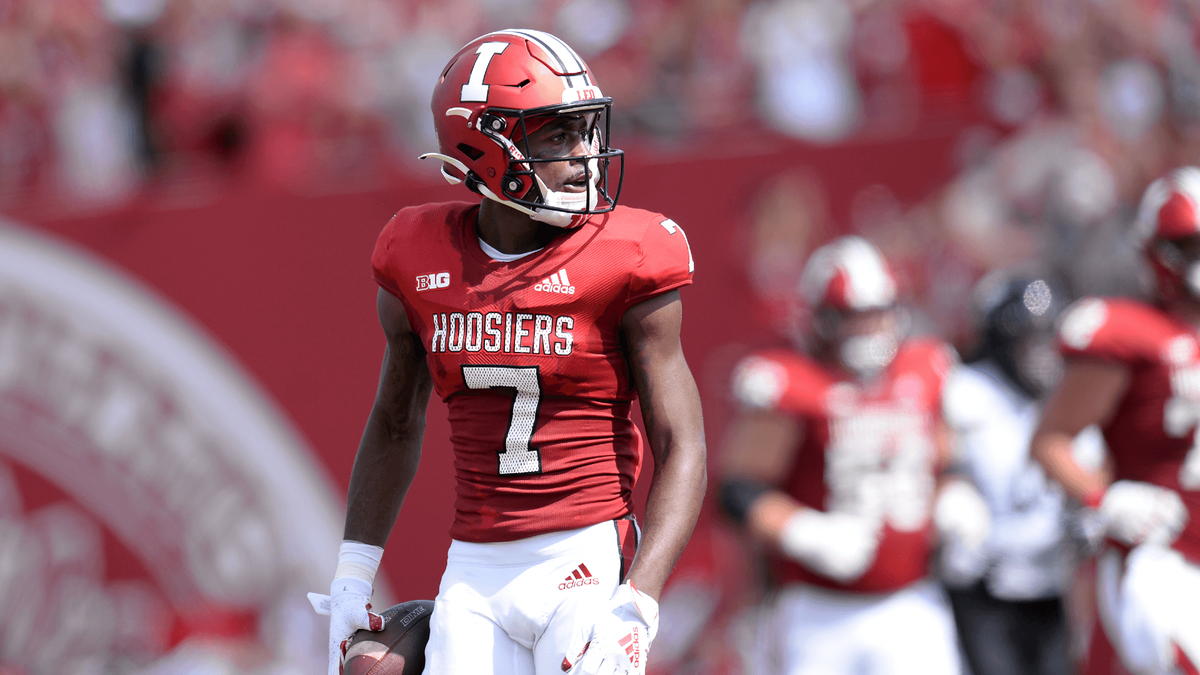 Western Kentucky vs. Indiana Odds, Picks, Predictions for College Football: Can Hilltoppers Stun Hoosiers? article feature image
