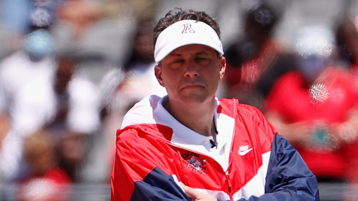 College Football Odds & Pick for BYU vs. Arizona: Model Projections Favor Wildcats in Vegas (September 4) article feature image