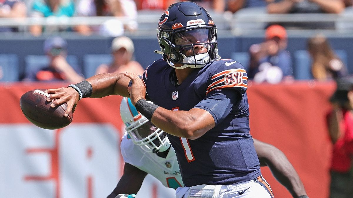 Bears vs. Browns Odds, Picks, NFL Sunday Predictions: Justin Fields' Debut Makes This Over Worth Betting In Week 3 article feature image