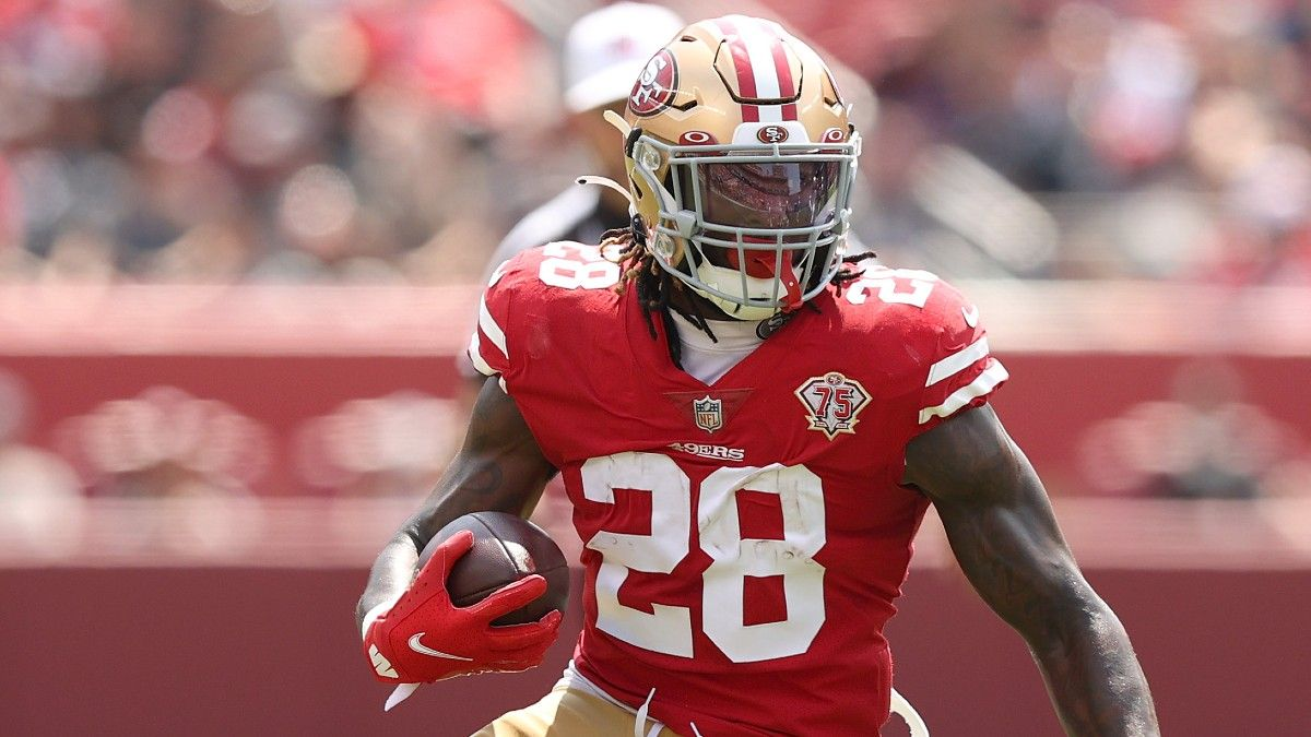 Trey Sermon & Kyle Juszczyk Fantasy Football Advice With Elijah Mitchell Out in Week 4 article feature image