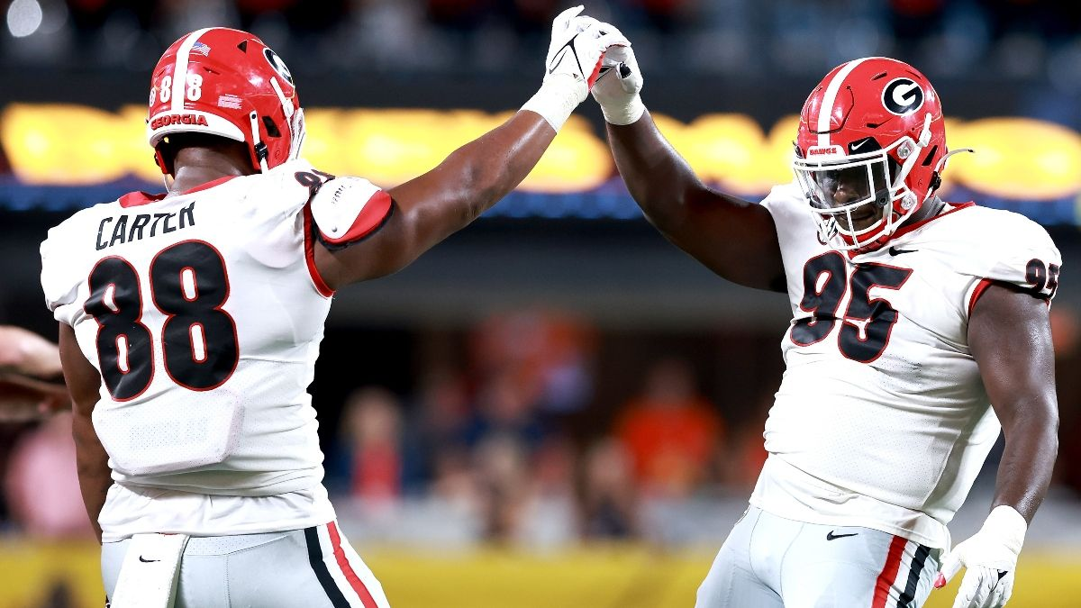 South Carolina vs. Georgia College Football Odds & Pick: Bulldogs Open SEC Schedule in Week 3 Matchup With Gamecocks  (Sept. 18) article feature image