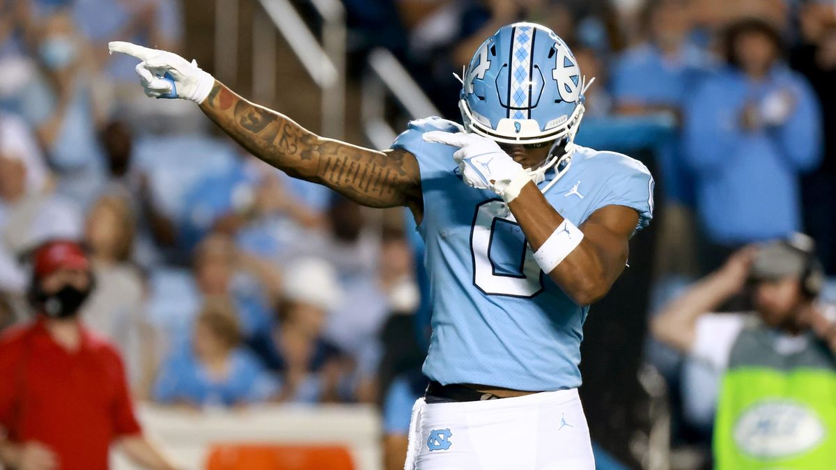 College Football Odds, Picks, Predictions for Duke vs. North Carolina: Howell & Co. Ready To Explode? article feature image