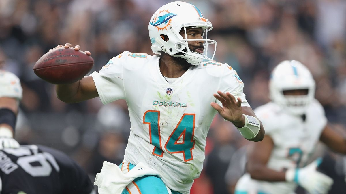 Colts vs. Dolphins Odds, NFL Picks, Week 4 Predictions: Back Miami As A Home Favorite vs. Indianapolis? article feature image