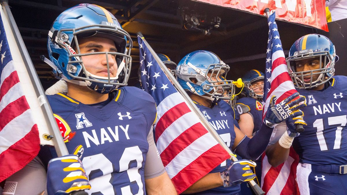 College Football Odds, Predictions, Picks for UCF vs. Navy: Saturday's Betting Value on Over/Under (Oct. 2) article feature image