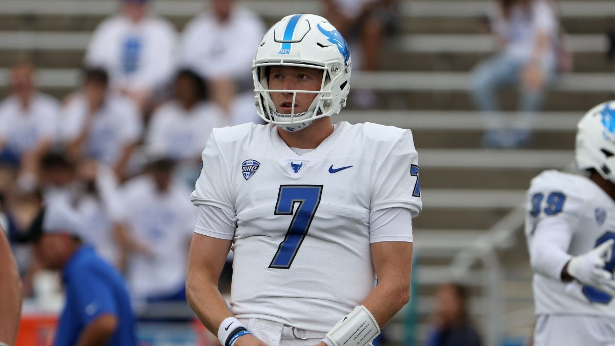 College Football Odds, Picks, Predictions for Buffalo vs. Old Dominion: Bulls Set To Rebound? article feature image