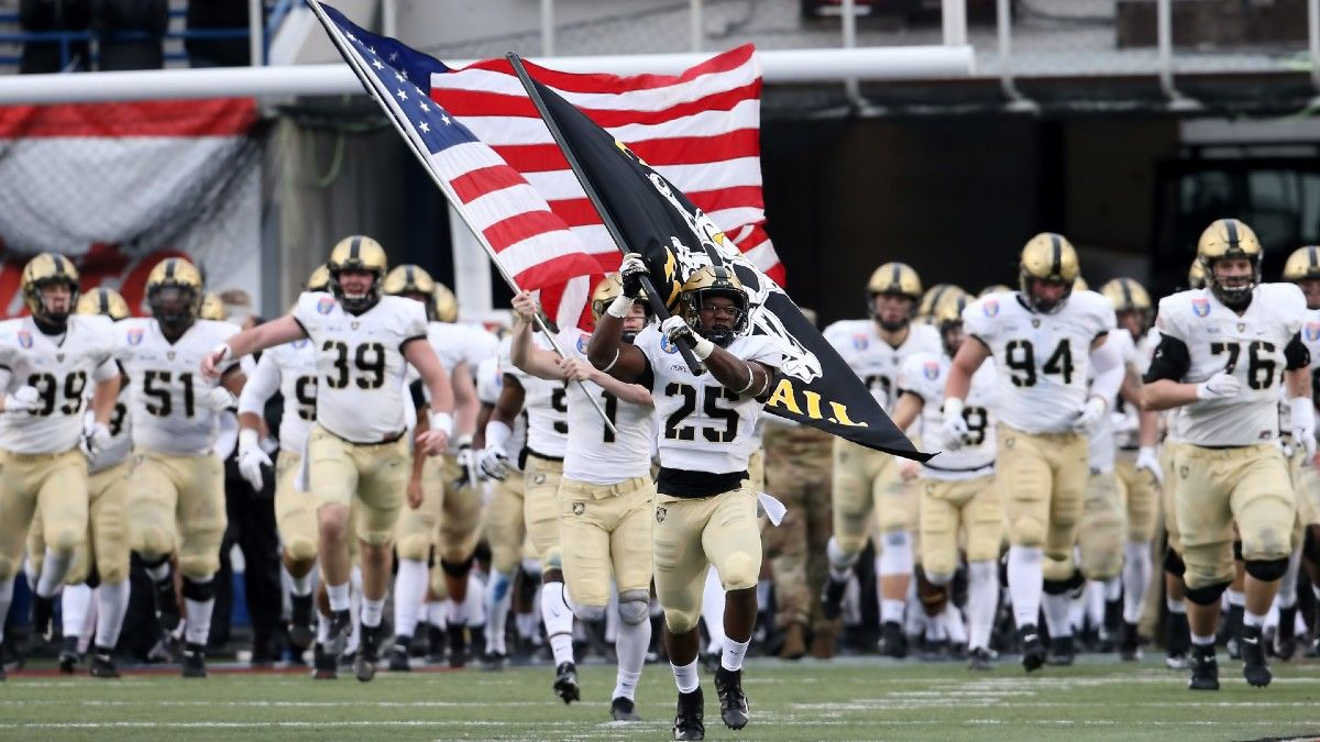 Western Kentucky vs. Army Odds, Pick: The Bet to Make on Week 2's Over/Under (Sept. 11) article feature image