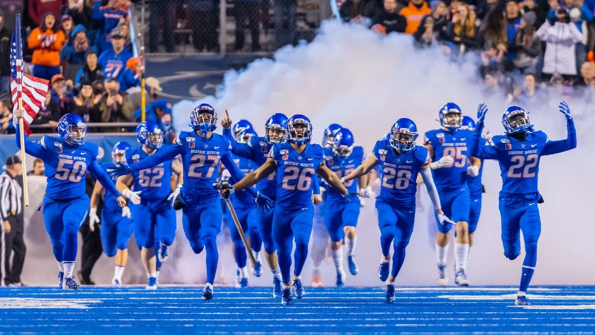 College Football Odds, Prediction, Pick for UTEP vs. Boise State: The Spread Bet to Make for Friday Night's Showdown article feature image