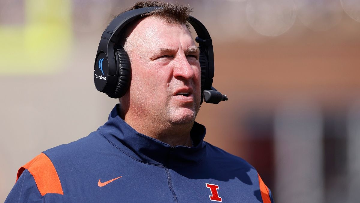 UTSA vs. Illinois Odds, Pick: The Spread to Bet in College Football Week 1 (Saturday, September 4) article feature image