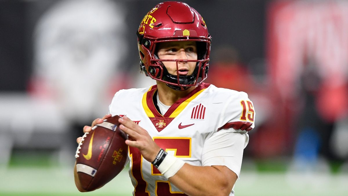Kansas vs. Iowa State Odds, Picks: Betting Value on Saturday Night's Big 12 Over/Under (October 2) article feature image