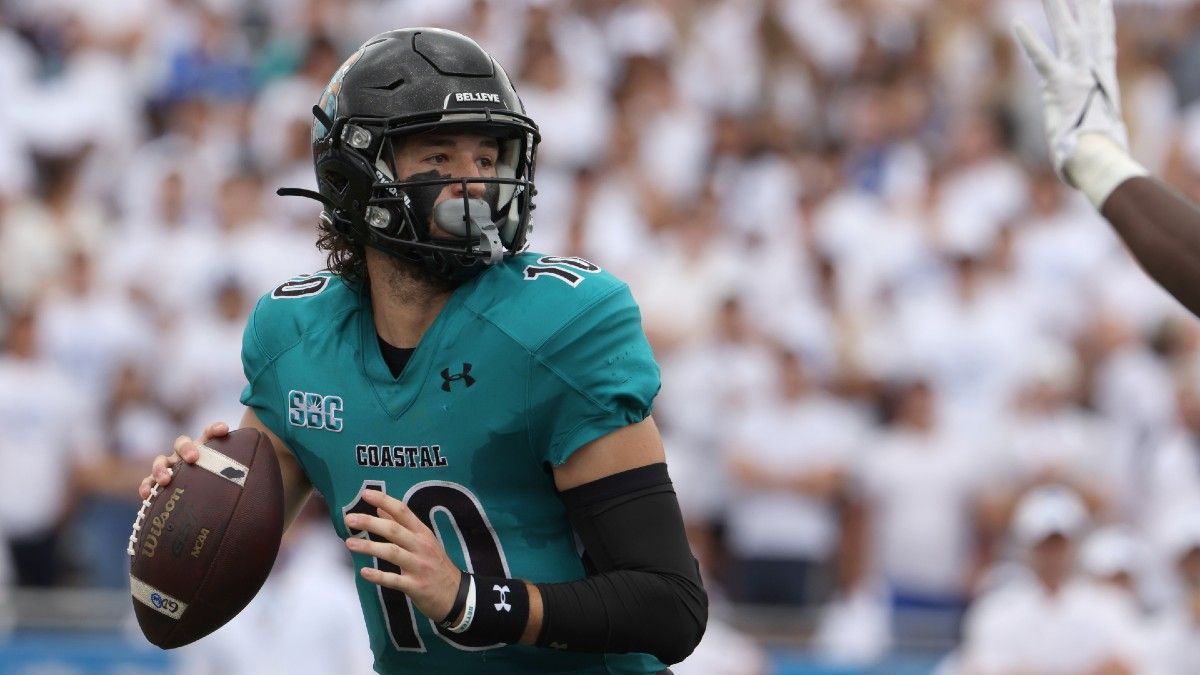 College Football Odds, Picks, Predictions for UMass vs. Coastal Carolina: Can The Minutemen Cover Again? article feature image