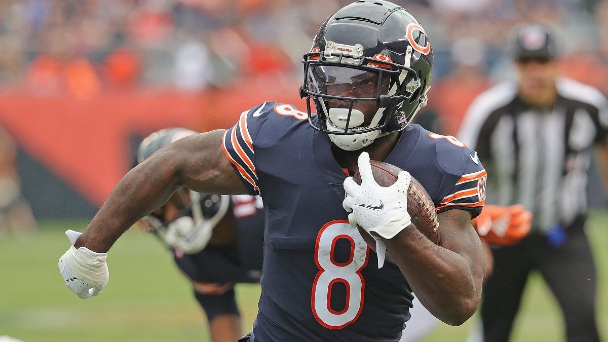 Sunday NFL Odds, Predictions, Picks: Bears vs. Raiders Betting Preview & Prop for Week 5 article feature image