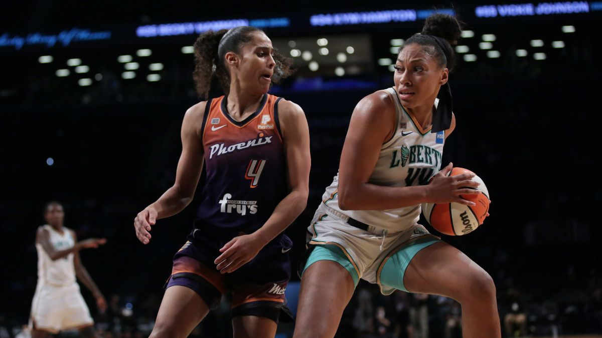 WNBA Playoffs Odds, Picks, Predictions: Betting Analysis for Wings vs. Sky and Liberty vs. Mercury (Thursday, September 23) article feature image