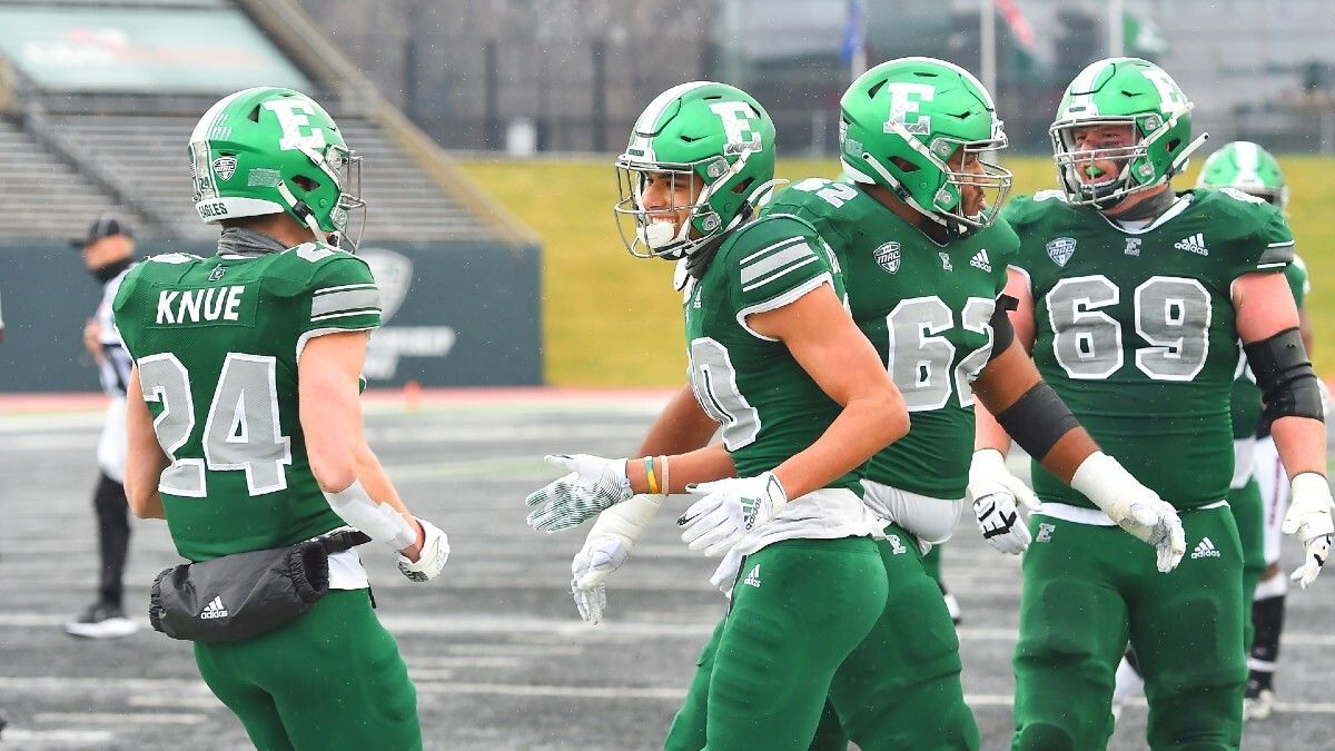 College Football Week 2 Betting Odds & Pick for Eastern Michigan vs. Wisconsin: Why Eyeing the Total is the Proper Play article feature image