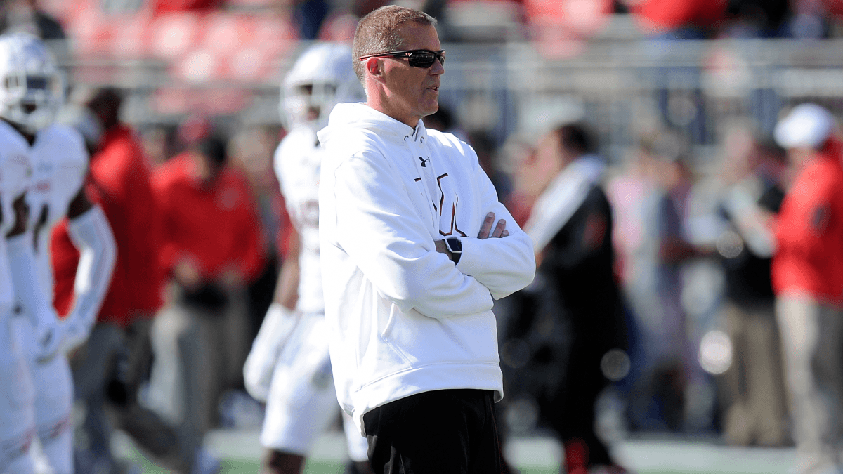 UConn Head Coach Randy Edsall Steps Down Immediately article feature image