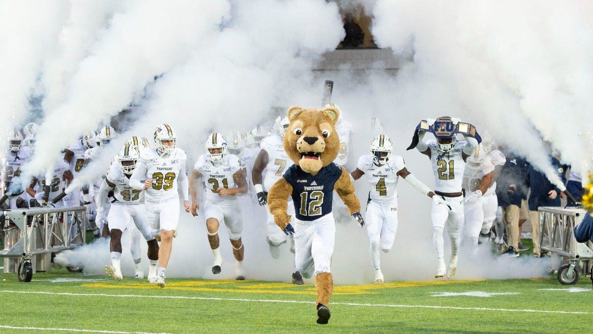 FIU vs. Texas Tech Week 3 Odd, Pick, Prediction: Can Red Raiders Cover Big Spread in College Football Matchup? article feature image
