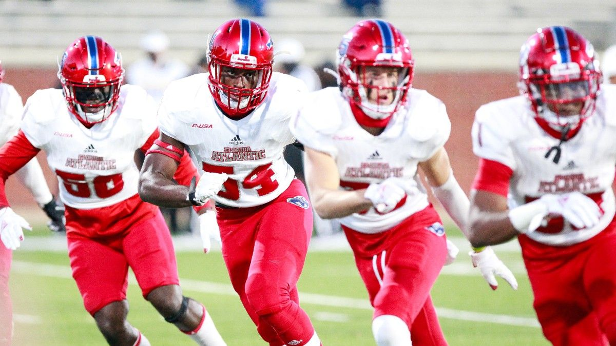 2021 College Football Sharp Bets: Florida Atlantic vs. Air Force Remains One of Saturday's Sharpest Picks (Sept. 25) article feature image