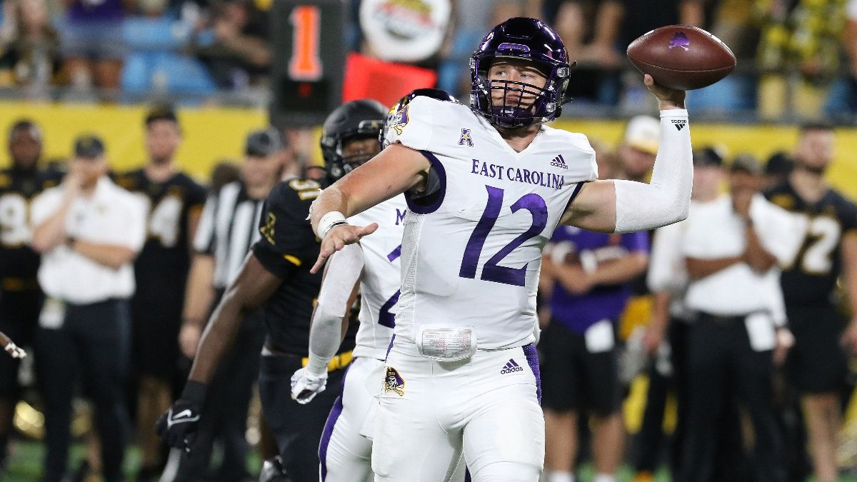 South Carolina vs. East Carolina Odds & Pick: Your Betting Guide for Week 2's Matchup (September 11) article feature image