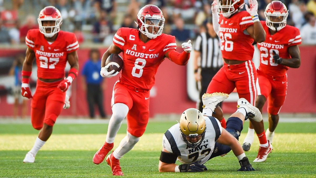 College Football Odds, Picks, Predictions for Houston vs. Tulsa: Your Betting Guide for This Friday's AAC Showdown article feature image