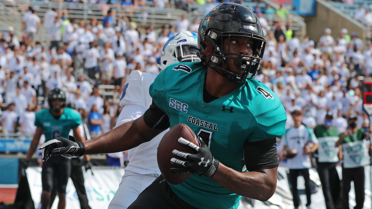 College Football Odds, Picks, Predictions for UL-Monroe vs. Coastal Carolina: Why Chanticleers Will Cover Large Spread article feature image