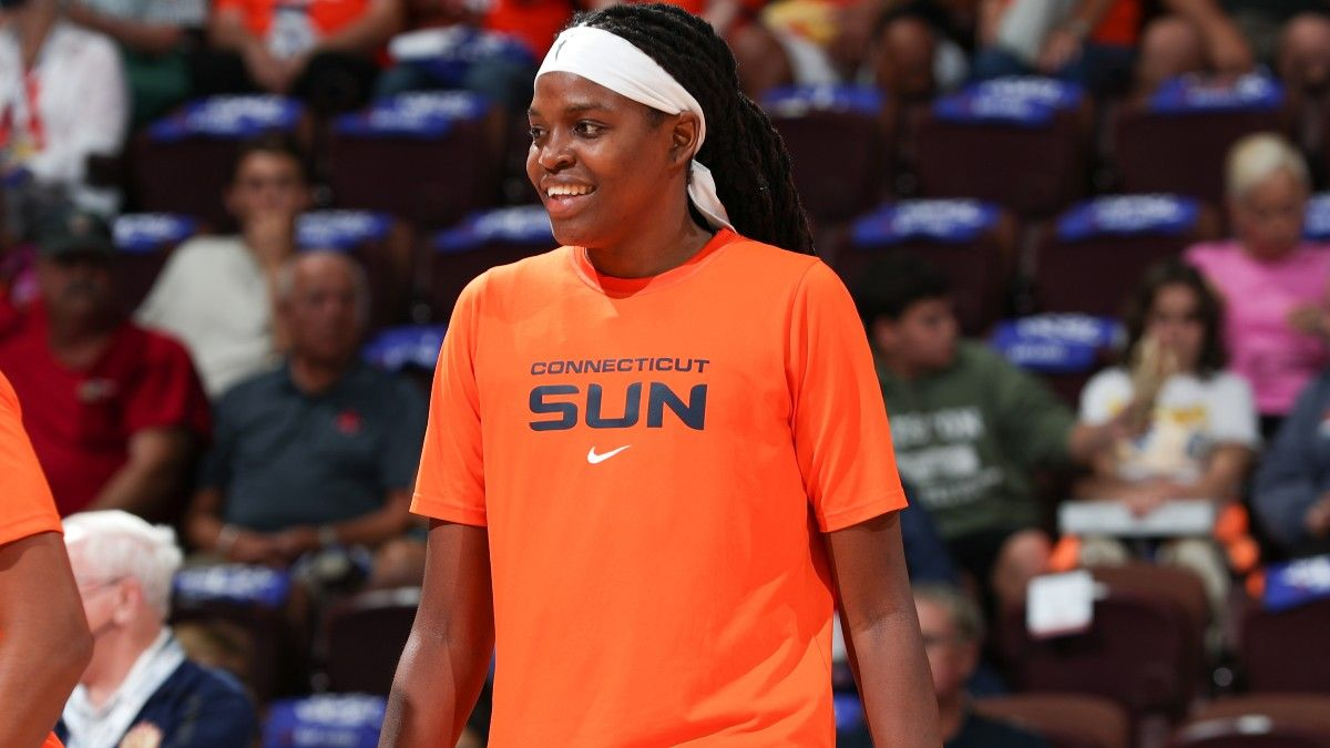2021 WNBA Title Odds: Connecticut Sun Favored Over Aces & Storm Heading Into Playoffs article feature image