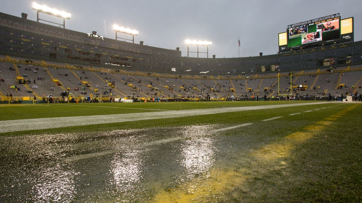 Updated Lions vs. Packers Weather Forecast: Gusty Green Bay Winds & Rain Expected for Monday Night Football article feature image