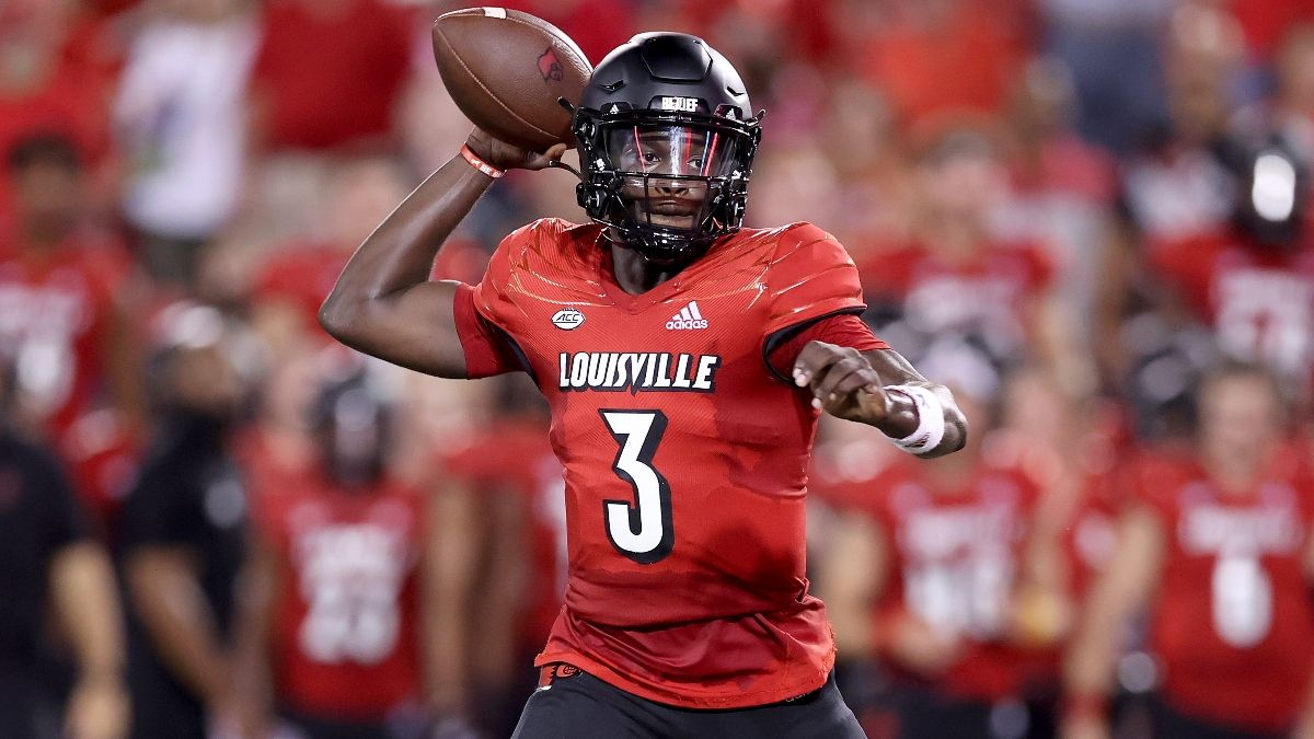 College Football Odds & Picks for Louisville vs. Florida State: High-Scoring Affair Expected article feature image