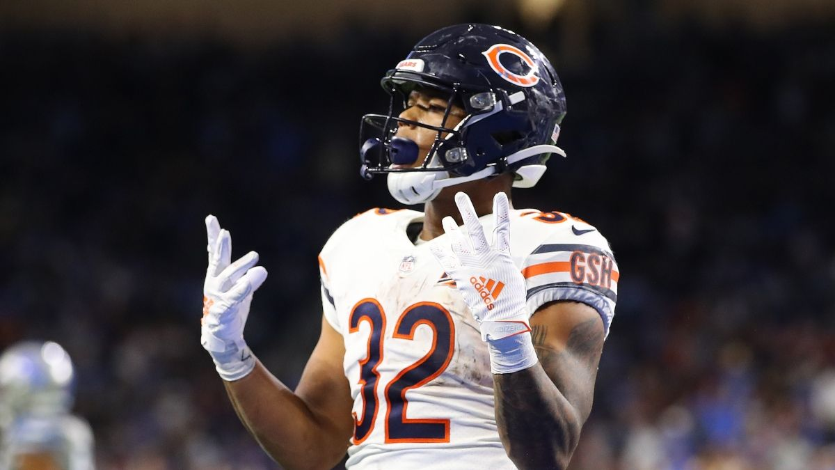 Week 1 NFL Prop Pick For Bears vs. Rams: David Montgomery Over or Under On Sunday Night Football? article feature image