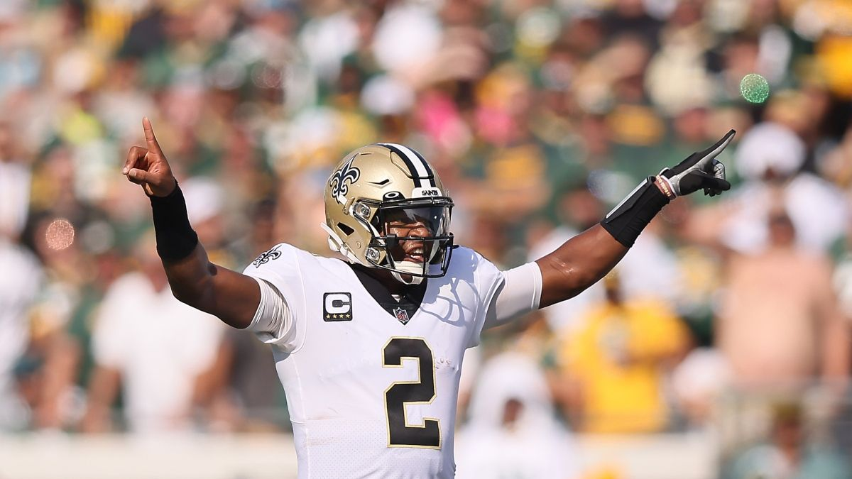 NFL Week 2 Odds, Market Report: Bettors Hammering Saints-Panthers Spread article feature image