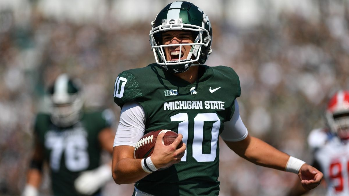College Football Odds, Picks, Predictions for Western Kentucky vs. Michigan State: Back The Offenses With Over article feature image