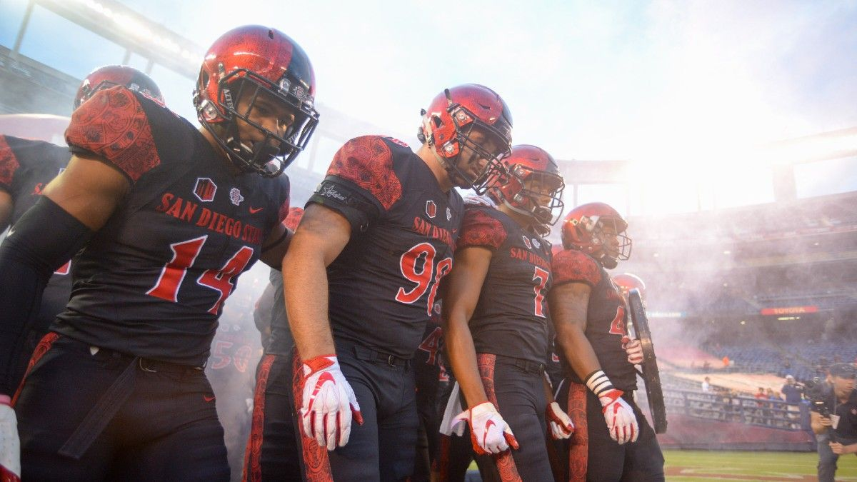 New Mexico State vs. San Diego State Odds & Pick: 2021 College Football Week 1 Betting Preview (Saturday, Sept. 4) article feature image