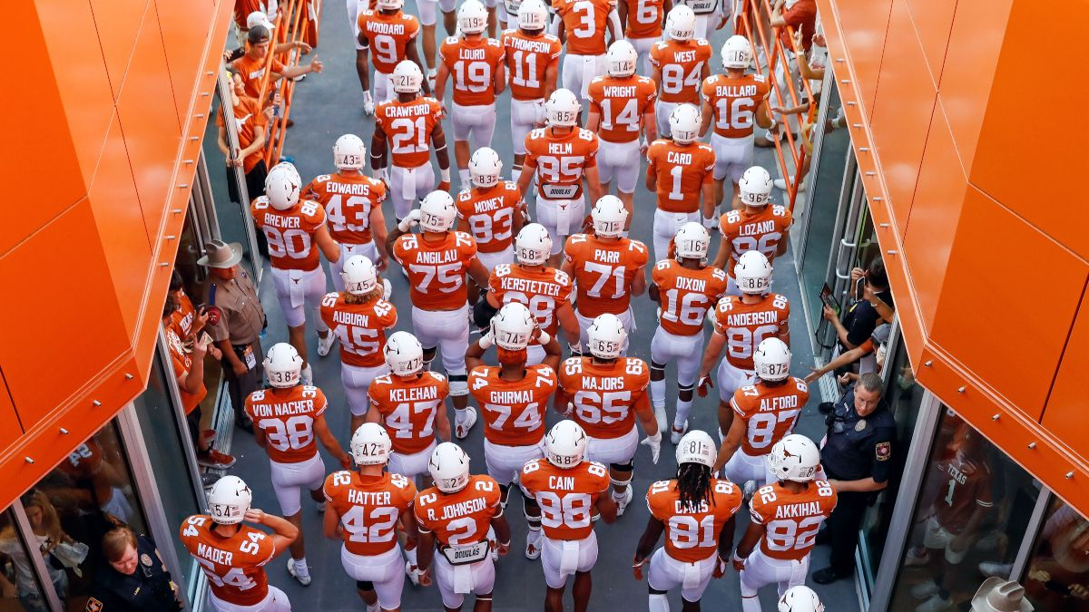 College Football Odds & Picks: Our 4 Best Bets for Today's Noon Kickoffs, Including Texas vs. Texas Tech (September 25) article feature image