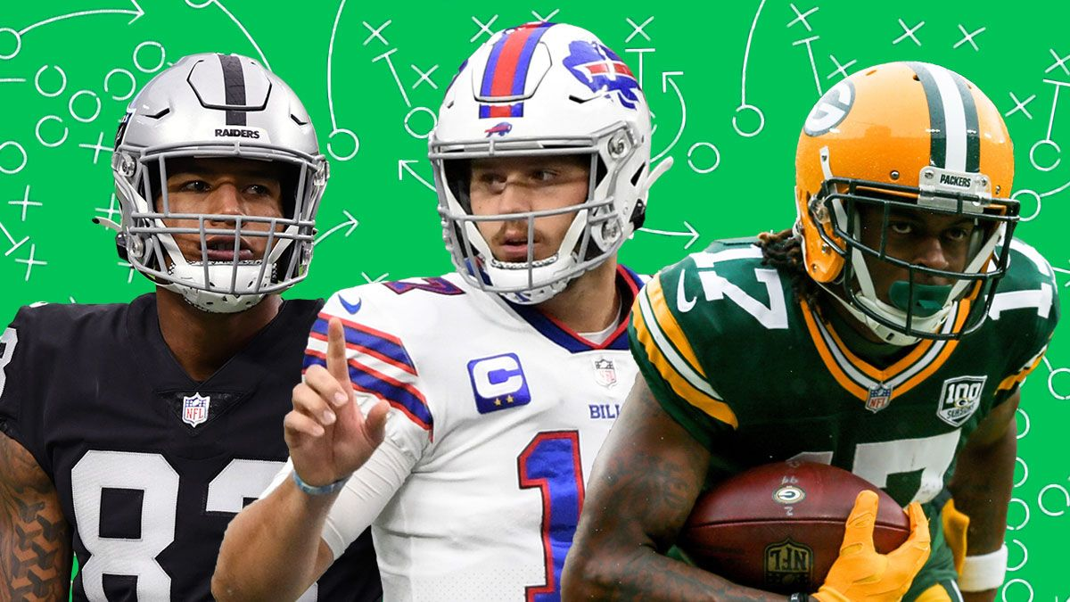 Fantasy Start/Sit Decisions For Week 1: Latest Rankings For QBs, RBs, WRs, TEs, Kickers, Defenses article feature image