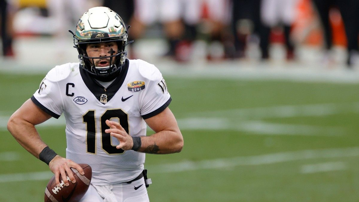 College Football Odds & Picks for Old Dominion vs. Wake Forest: Target Friday's Total (Sept. 3) article feature image