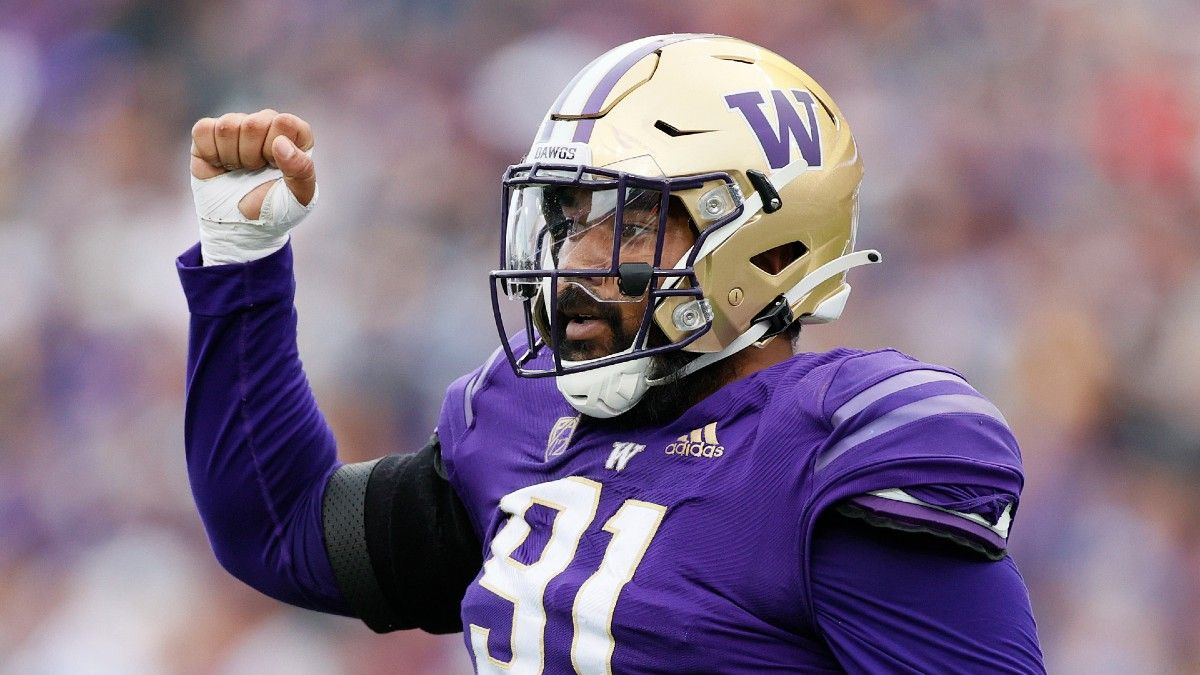 Arkansas State vs. Washington College Football Betting Odds & Pick: Where Does the Value Lie in This Matchup? article feature image