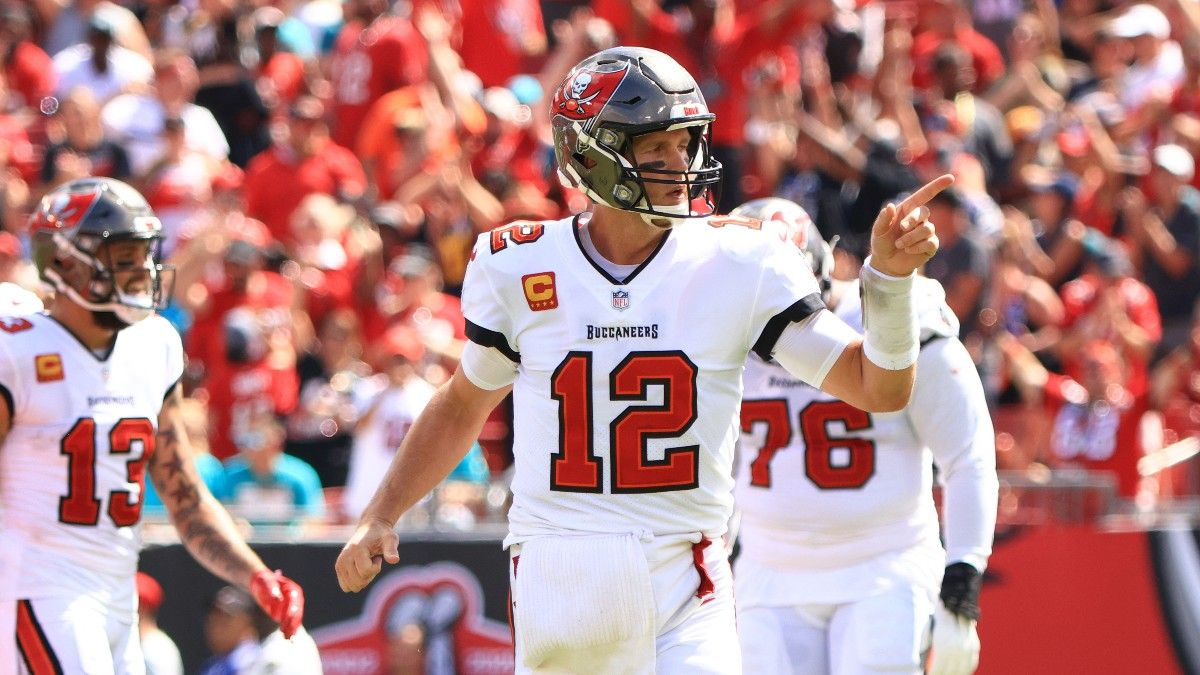 Bucs vs. Eagles Start Time, TV Channel, How to Watch Online: Why Is Thursday Night Football Not on Amazon or Fox? article feature image