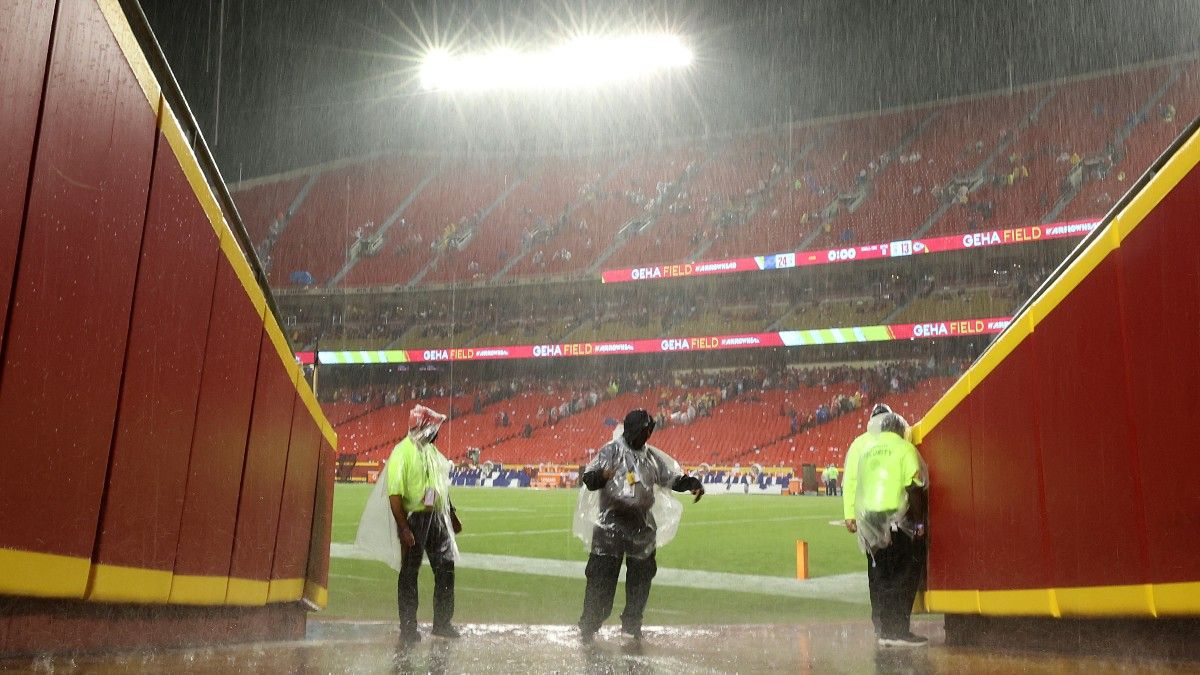 NFL Betting Rules for Canceled, Delayed & Postponed Games: What Happens to My Bet? article feature image