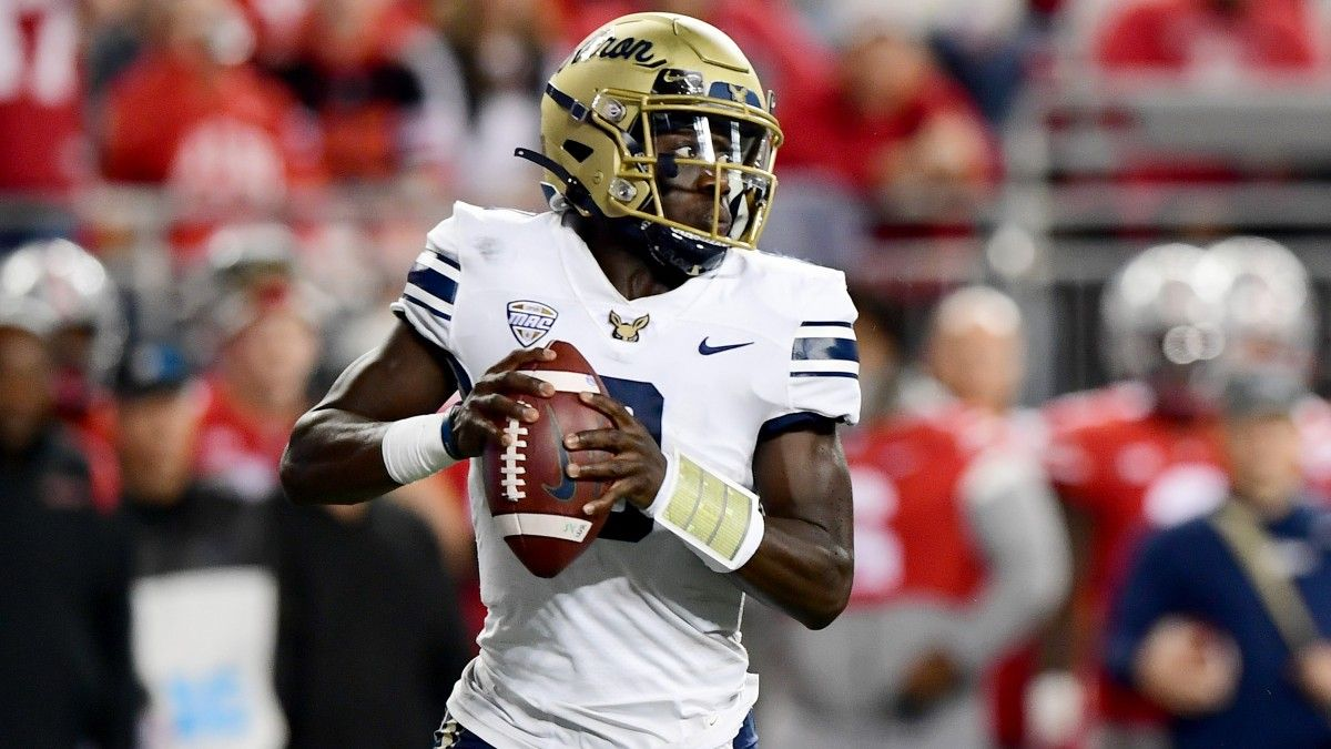 College Football Odds, Picks, Predictions for Akron vs. Bowling Green: Why to Fade the Falcons article feature image